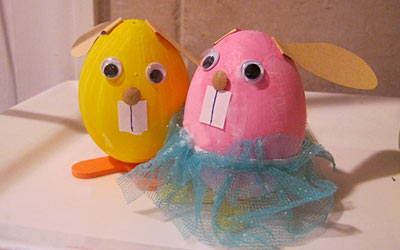 Kids Craft: Painted Bunny Eggs