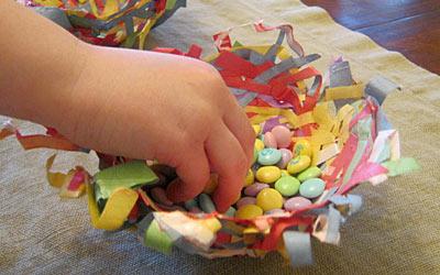 Kids Craft: Construction Paper Birds Nests