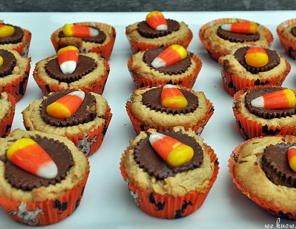 Triple-Treat: Mini Halloween Cupcakes