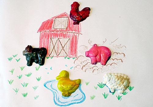 Encouraging Children to Draw: Barn Yard Crayon Craft