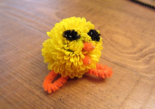 Easter Craft: Miniature Mum Chicks