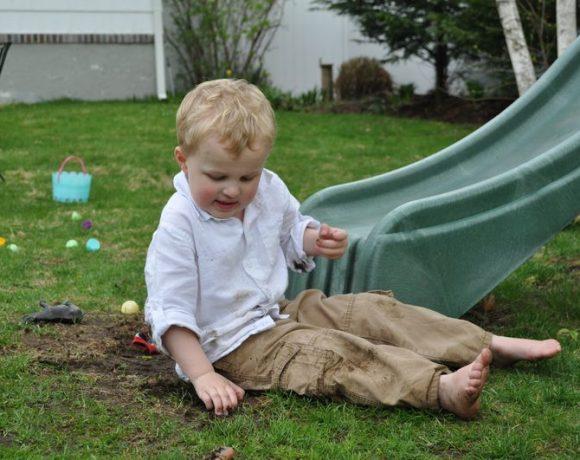 Flashback Fridays: Easter Crafts