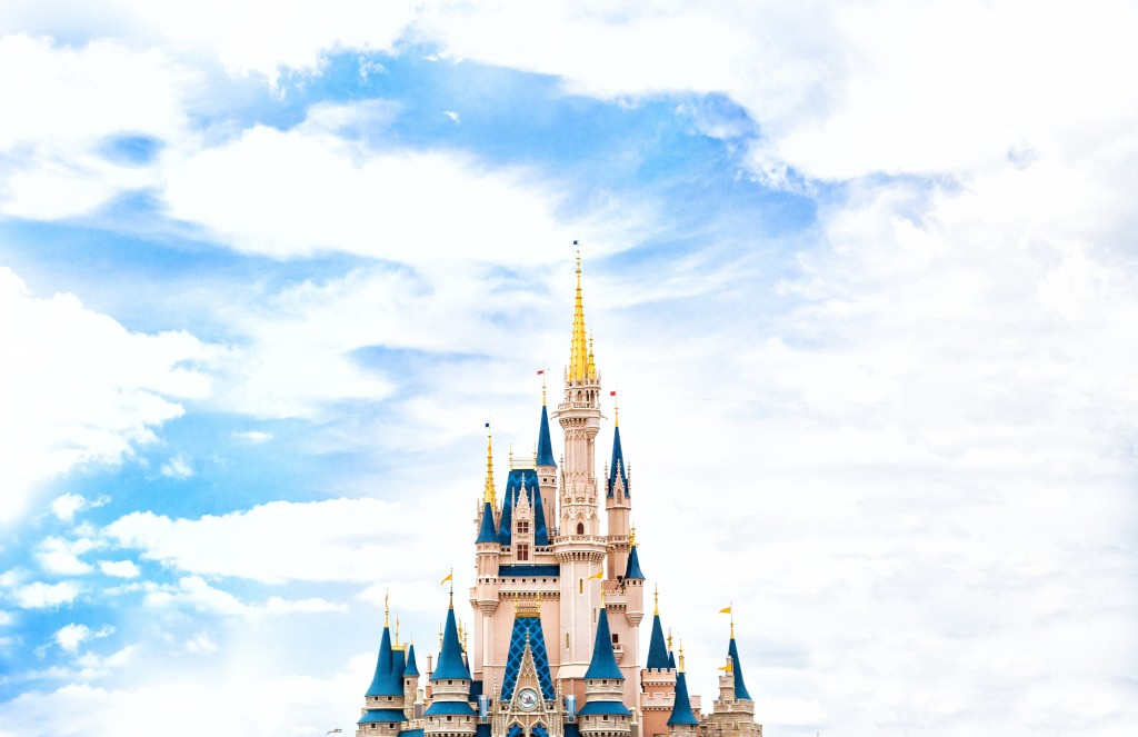 """Many parents wonder if you can go to Disney World with special needs children. Our Autism expert is here to tell you, """"Yes, of course, you can!"""" Photo by Thomas Kelley on Unsplash"""