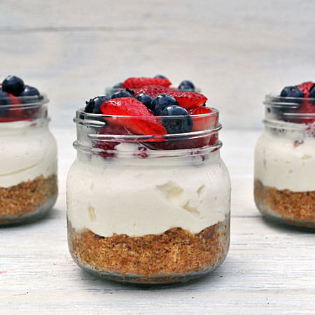 No Bake Mason Jar Cheesecakes, www.weknowstuff.us.com