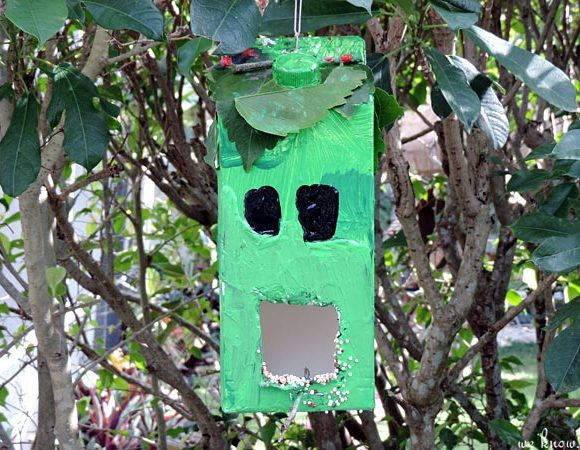 Minecraft Milk Container Bird Feeder