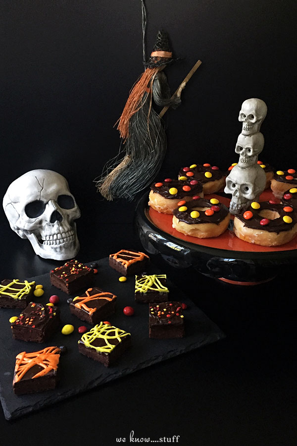 These 4 scary Halloween Desserts can be made in no time at all. Super creepy and semi-homemade, they're bound to creep out your friends!