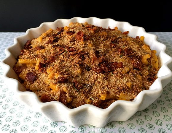 Annie's Mac and Cheese With Breadcrumbs and Bacon (Yay, Bacon!)