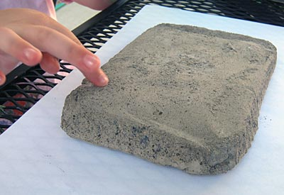 http://www.weknowstuff.us.com Concrete Garden Bricks