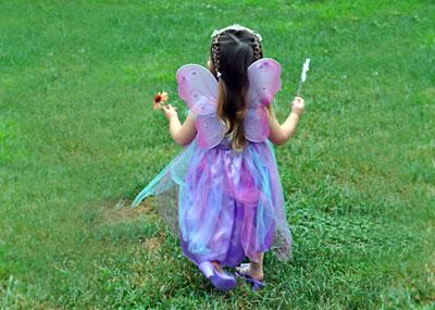 Garden Party, www.weknowstuff.us.com