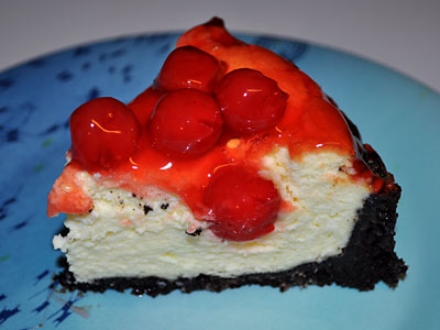 Cherry Cheesecake with a Chocolate Wafer Crust, www.weknowstuff.us.comCherry Cheesecake with a Chocolate Wafer Crust, www.weknowstuff.us.com