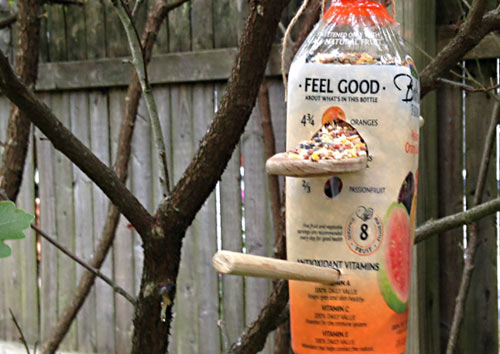 Recycled Bolthouse Bottle Birdfeeders, www.weknowstuff.us.com