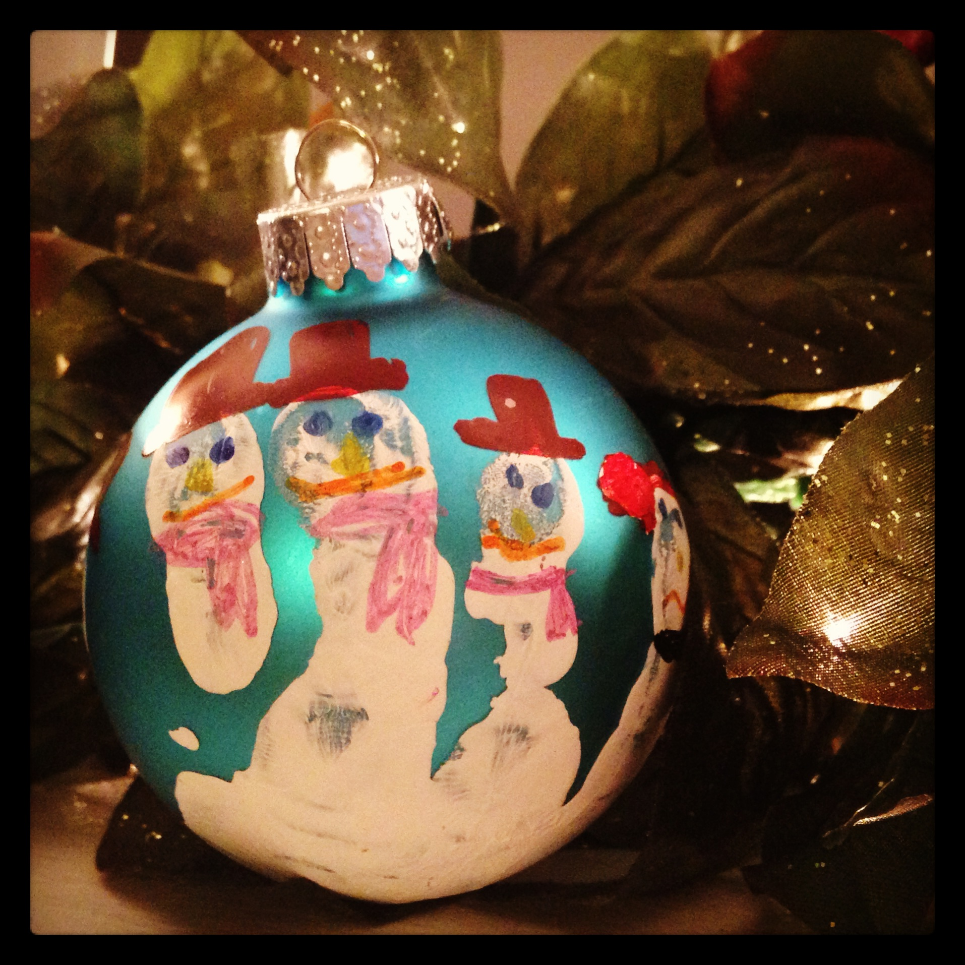 Kids craft keepsake handprint snowman ornaments we know for Craft party long island