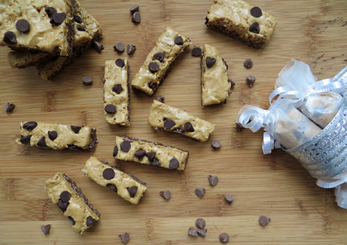 Vegan Chocolate Peanut Butter Crunch Bars, www.weknowstuff.us.com