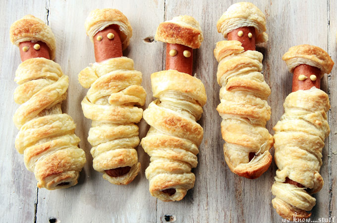 Having a Halloween party? These hot dog mummies are a quick and easy appetizer for your holiday party. Kids love them and adults do too!