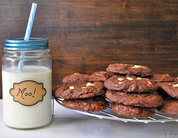 chocolate white chunk cookies, weknowstuff.us.com