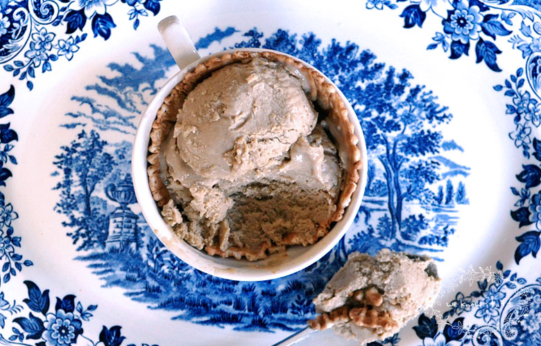 This Milk Stout Ice Cream Recipe is a rich, creamy and lovely beer ice cream. Enjoy in small bites so you can savor the taste of stout on the back of your tongue after each bite.