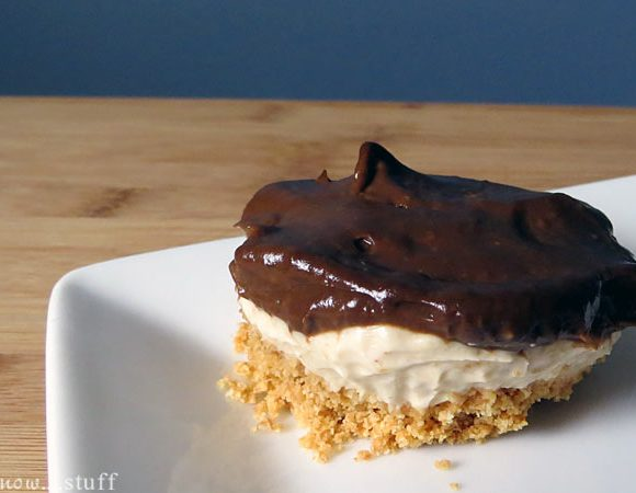 Chocolate and Peanut Butter Mousse Mini-Pies