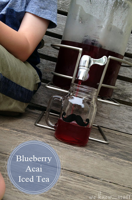 The temperatures are starting to soar outside. So how do you Get Your Kids To Drink More Water? Our Wild Blueberry Acai Iced Tea Recipe is bound to help!
