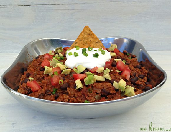Wilton Armetale #Giveaway & Our Tailgating Chili Recipe