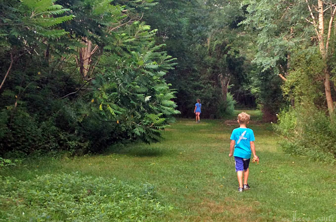 These 5 simple tips will help your kids be more eco-friendly and pay more attention to their environment. Greener kids = a greener planet! www.weknowstuff.us.com