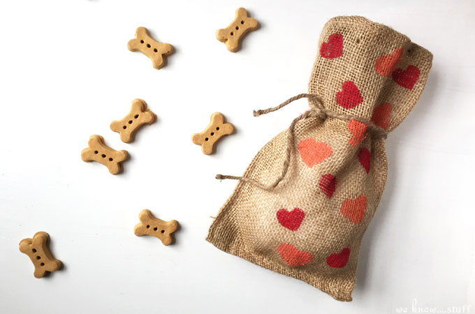 Teach your kids how to make a potato stamp and they'll be able to use them on all sorts of fun DIY projects like these homemade dog treat bags, which made the perfect Valentine's Day gift for our new puppy!