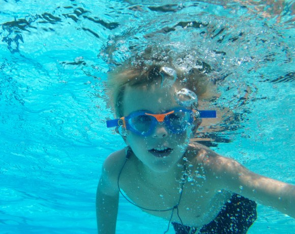 5 Important Home Swimming Pool Safety Tips