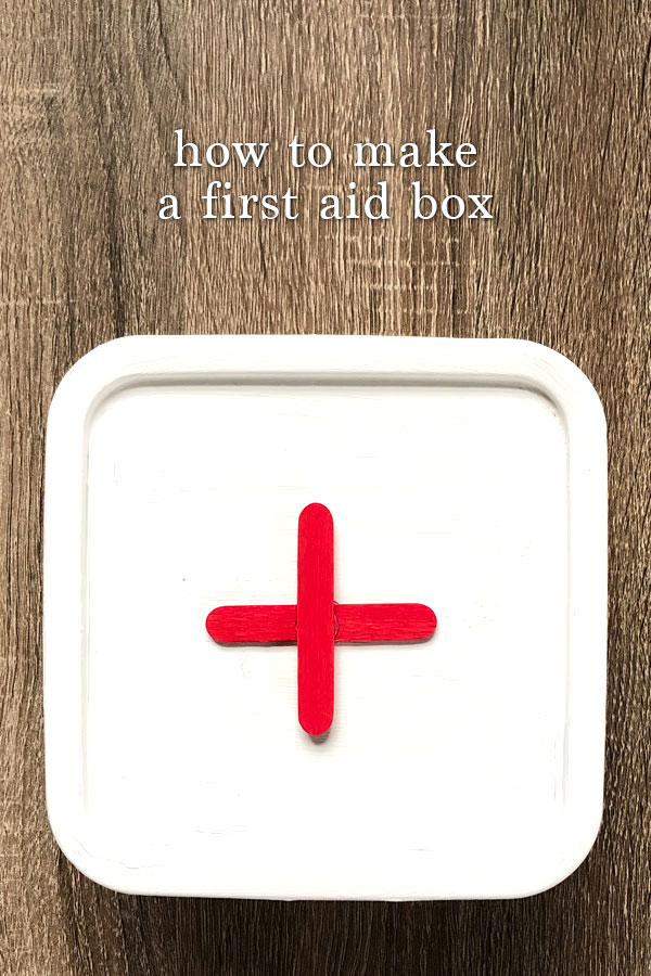 This easy tutorial will show you how to make a first aid box for your car. This DIY first aid box is made by recycling a simple plastic box.