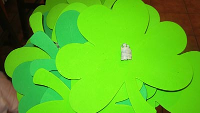 Looking for something new to do this Saint Patrick's Day? Why not make a shamrock tree with your little ones and have everyone write down why they're feeling lucky this year!