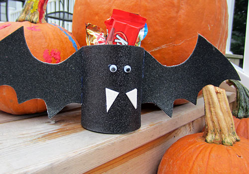 Throwing a kids party? Our Halloween Bat Decorations make super cute, DIY party favors for all of your ghouls and goblins! They're perfectly batty!